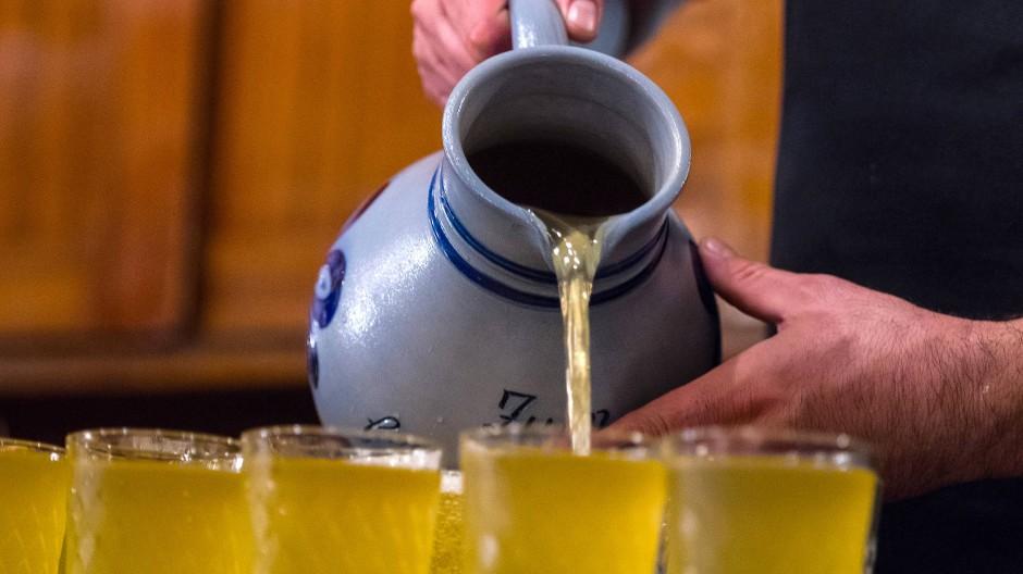 Hessisches Nationalgetränk: Was ist drin im Bembel?