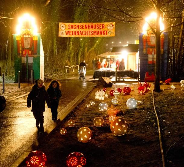 Weihnachtsmarkt Am Goetheturm.Bilderstrecke Zu Wo Leuchtet Es Im Rhein Main Gebiet Am Schönsten