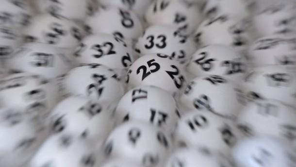 Lottospieler von Millionengewinn überrascht
