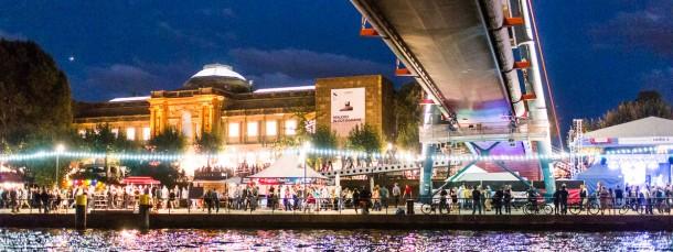 Alles am Fluss: Bis zu drei Millionen Besucher kamen in den vergangenen Jahren zum Museumsuferfest in Frankfurt.