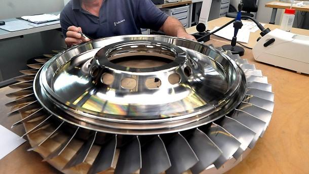 Rolls-Royce streicht 800 Stellen in Deutschland