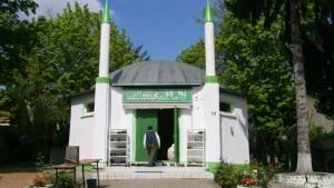 Polizei baut im Kampf gegen Islamisten auf Moscheen