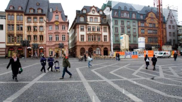 Mainz Wiesbaden Nachbarst Dte Feilschen Um 2800 Wohnungen