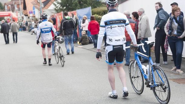 Radklassiker Eschborn-Frankfurt und Pfingstreitturnier abgesagt