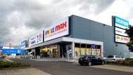 Bunte Einkaufswelt: Ikea hat 2010 seine Zentrale in Wallau um ein Fachmarktzentrum erweitert, obwohl dies das Einzelhandelskonzept nicht erlaubte.