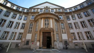 Brutaler Räuber zu 13 Jahren Haft verurteilt