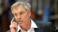 Gordon Herbert: Im Spiel gegen Bamberg handelte sich der Trainer der Skyliners beinahe ein technisches Foul ein. (Archivbild)