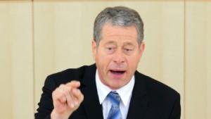 LKW-Maut: Bundesregierung lässt Rhiel abblitzen