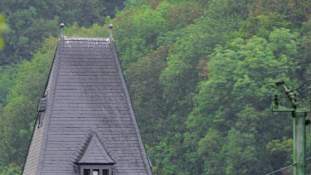 Langfristig soll Rheintal frei von Güterzügen werden