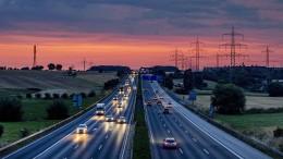 Klimaschützer gegen Ausbau der A5 nahe Frankfurt