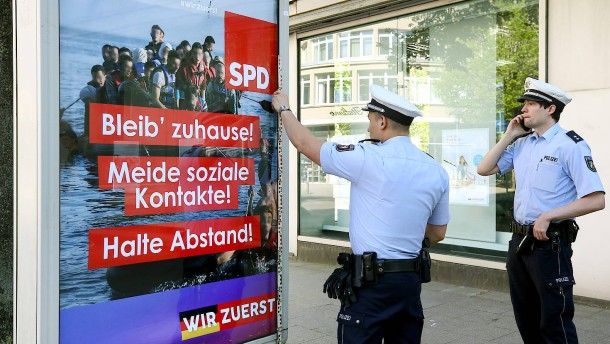 Staatsschutz ermittelt wegen gefälschter SPD-Plakate