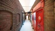 """Räume der Kunst: Blick in die Ausstellung von Claus Richter mit dem Werk """"Rats, 2009"""""""