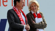 Die neue Zeit: Barbara Klein mit OFC-Präsident Claus-Arwed Lauprecht