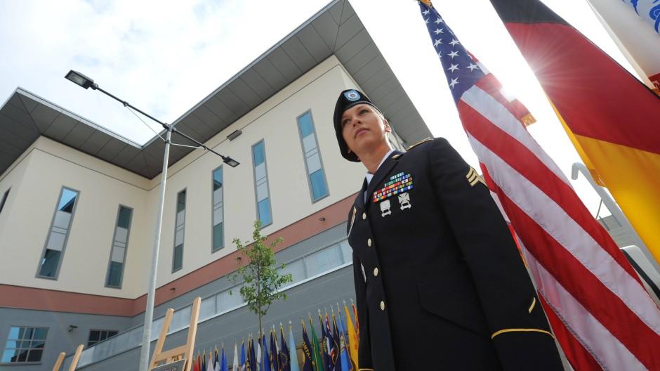 Neue Abhörzentrale? Das Europa-Hauptquartier der amerikanischen Armee in Wiesbaden-Erbenheim.