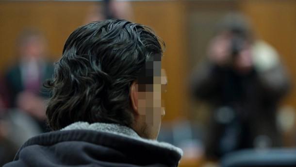 Gericht verurteilt Frankfurter Flughafen-Attentaeter zu Hoechststrafe