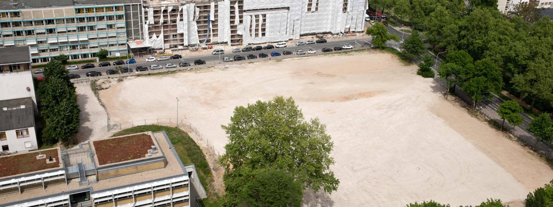 AfE-Turm-Gelände in Frankfurt vor Verkauf