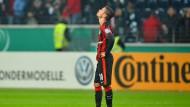 Der Blick nach oben zeugt bei Václav Kadlec und der Eintracht derzeit eher von Resignation als von höheren Zielen.