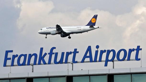 Buergerinitiativen: 2012 weniger Starts und Landungen in Frankfurt