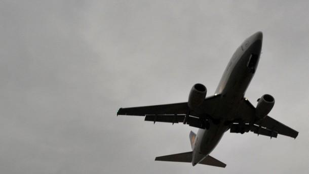Für Bouffier ist weniger Fluglärm machbar
