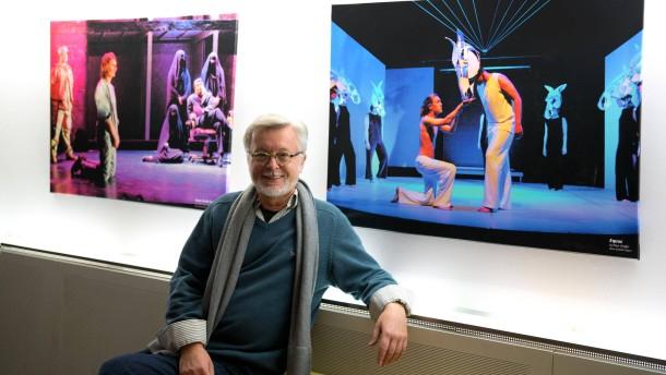 Michael Gonszar - Der Jugendpädagoge des English Theatre Frankfurt im Gespräch mit Christian Riethmüller
