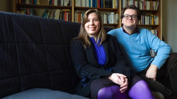 Luxbooks - Die Gründer Christian Lux und Annette Kühn des unabhängigen Wiesbadener Verlags sprechen über ihre Expansionspläne.