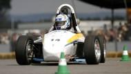 """Vollgas: Bei der """"Formula Student"""" auf dem Hockenheimring nehmen Studenten teil, die ihre Rennwagen selbst entwickelt und gebaut haben."""