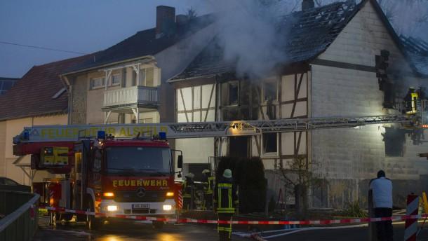 Ölofen verursachte Brand mit zwei Toten