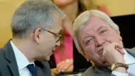 Derzeit gemeinsam ohne Mehrheit: Ministerpräsident Bouffier (CDU, rechts) und sein Stellvertreter Al-Wazir (Die Grünen)