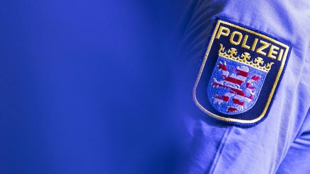 1500 Verfahren wegen Gewalt oder Widerstand gegen Beamte