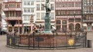 Gerupfte Adler auf dem Römerberg