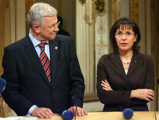 Bild zu neuwahlen im januar oder februar zweites duell for Koch ypsilanti