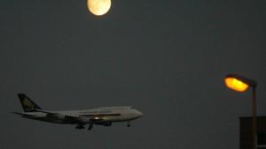 """""""Nachtflugverbot"""" in der Warteschleife"""