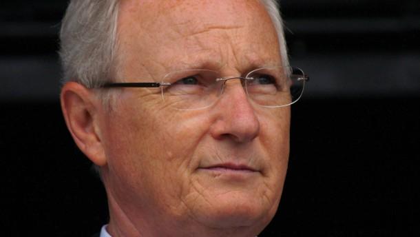 Bürgermeister von Hessens reichster Stadt vor Gericht