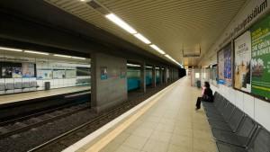 Junge von S-Bahn erfasst und getötet