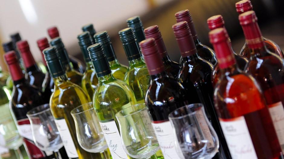 Große Auswahl: Von Rotwein über Rosé zu Weißwein ist für jeden Geschmack etwas dabei.