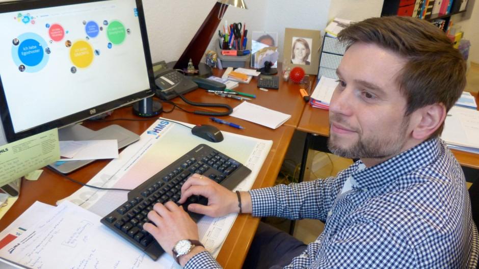 Betreut Internet-Süchtige: Suchttherapeut Benjamin Wockenfuß aus Frankfurt