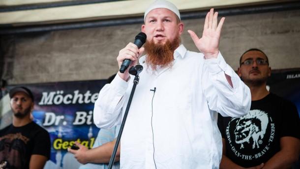 Salafist Pierre Vogel darf in Offenbach auftreten