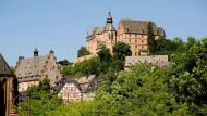 Überragend: Das Marburger Schloss könnte die zentrale Ausstellung zur Geschichte der Stadt aufnehmen.