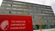 Hacker manipulierten das Netzwerk der TU Darmstadt: Drucker der Uni warfen auf einmal rassistische Flugblätter aus.