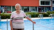 Fit: Erika Flaum, 91 Jahre jung, besucht täglich das Heinrich-Fischer-Bad in Hanau