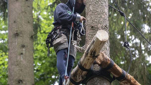 A5 nach Aktion von Aktivisten in Mittelhessen gesperrt