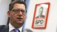 """""""Wenn wir sagen, der Mindestlohn beträgt 8,50 Euro pro Stunde, dann hat diese Stunde 60 und nicht 90 Minuten"""": Schäfer-Gümbel über Tricksereien beim Mindestlohn"""