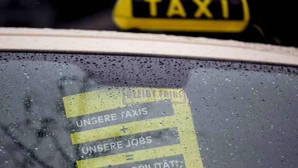 Taxiblockade als Protest gegen Liberalisierung