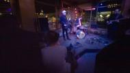 Übernachtung inklusive: In Mainz finden junge Jazzer eine Bühne im Club Schon Schön. Immer montags gibt es dort Jazz, hier mit der Schweizer Band Kaos Protokoll.