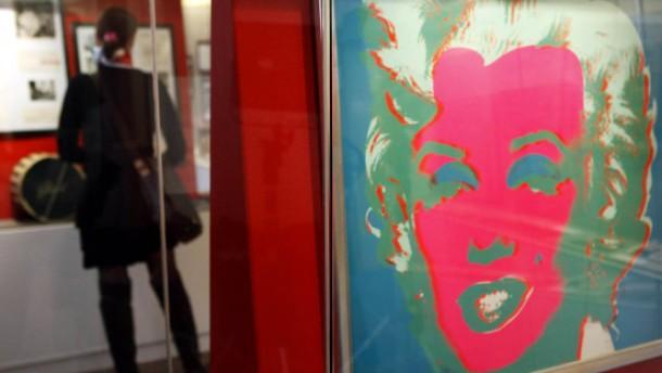 Ausstellung mit Exponaten aus dem Nachlass der Ikone
