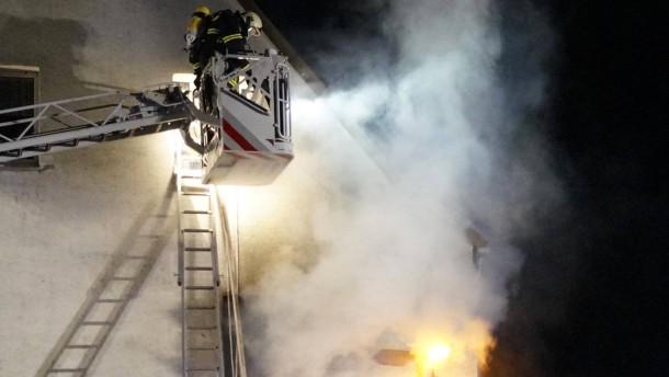 Wohnungsbrand tötet zwei Kleinkinder