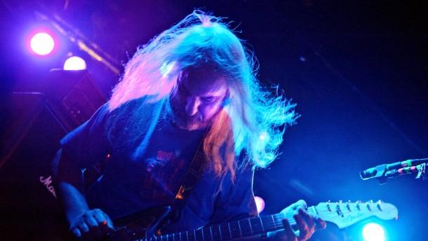 Dinosaur jr. - Die Independent-Band, deren Sound stark von Punk, Heavy Metal und Noise-Rock, geprägt ist kommt in die Batschkapp nach FRankfurt.