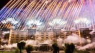 Ein Feuerwerk zum Hundertjährigen