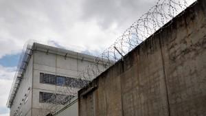 Hinter Gittern geht das Leben weiter