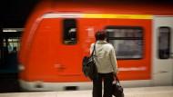 Schwelbrand legt S-Bahn-Verkehr lahm